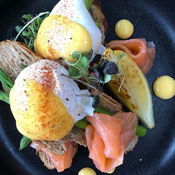 Saltwater-beach-cafe-egg-toast